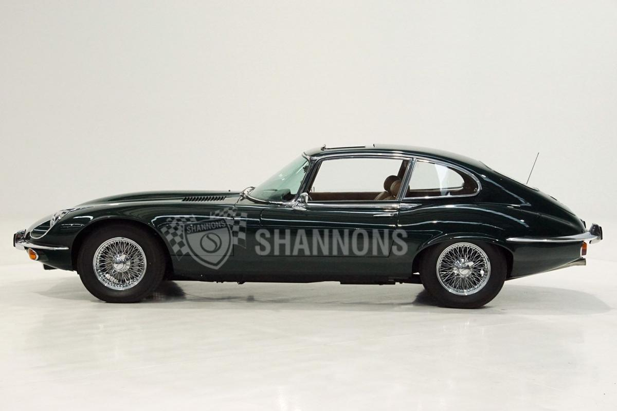 Jaguar E-Type photo