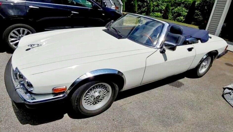 Jaguar XJ-S photo